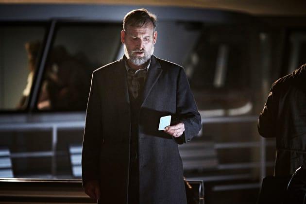 Reading the Address - The Leftovers Season 3 Episode 5 - TV Fanatic
