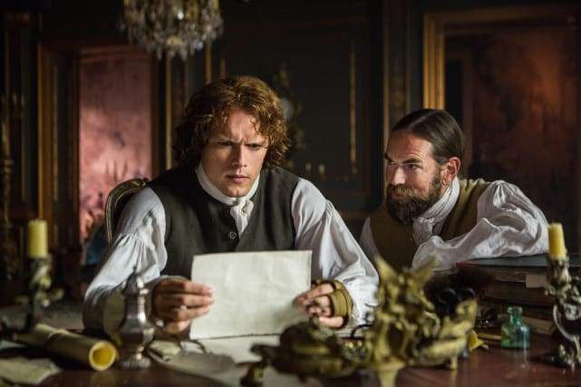 Reading letters outlander