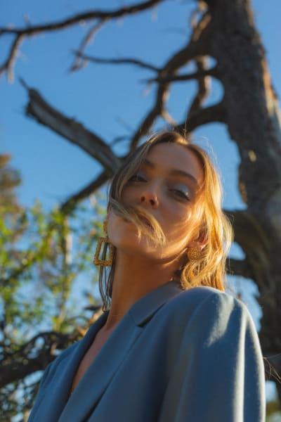 Sara Thompson as Josephine - The 100