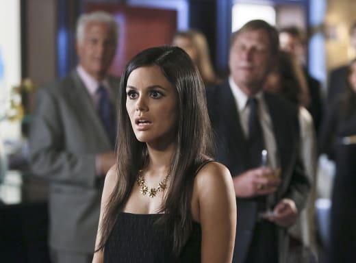A Shocked Zoe - Hart of Dixie Season 4 Episode 3