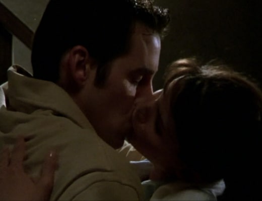 Unexpected Kiss - Buffy the Vampire Slayer Season 2 Episode 10