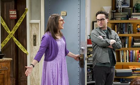 How About That Bridesmaid Dress?! - The Big Bang Theory Season 10 Episode 1