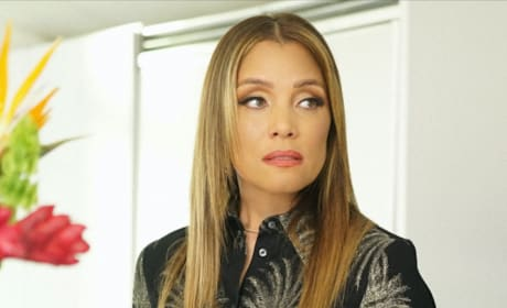 Michael Michele as Dominique - Dynasty