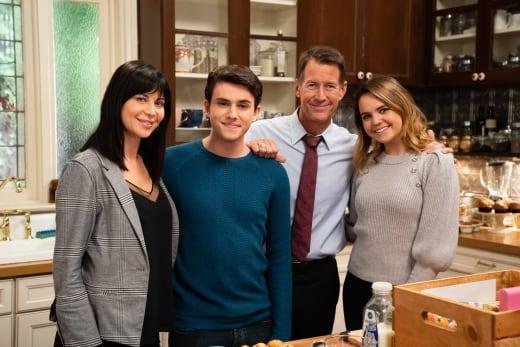 Grey House Family Photo - Good Witch Season 5 Episode 5