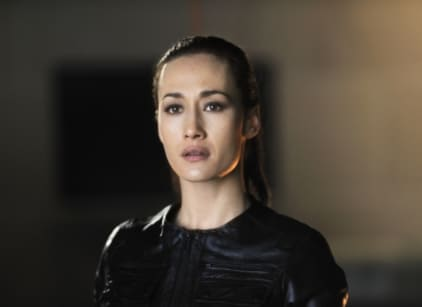 Watch Nikita Season 1 Episode 22 Online