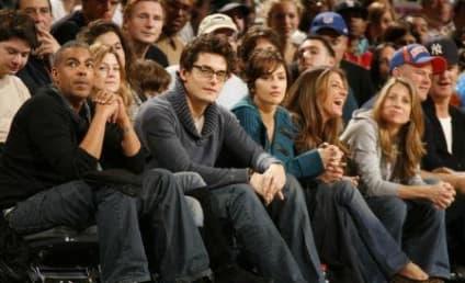 Ellen Pompeo, Chris Ivery Take in Knicks Game