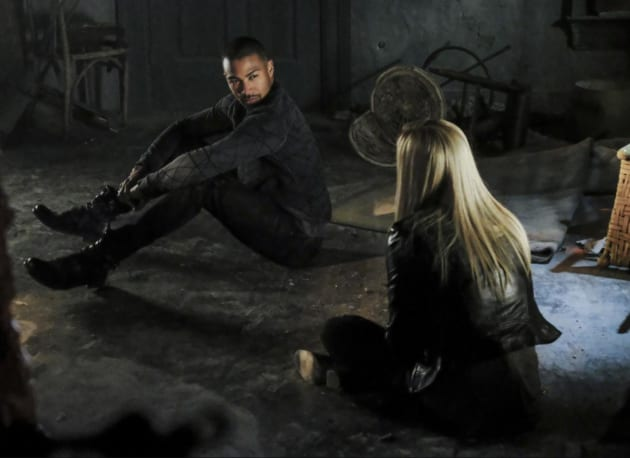 Trapped - The Originals Season 4 Episode 11