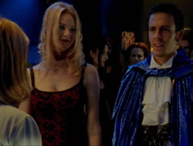 Dorky Followers - Buffy the Vampire Slayer Season 2 Episode 7