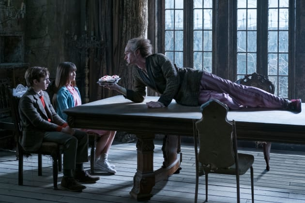 Count Olaf and the Baudelaires - Lemony Snicket's A Series of Unfortunate Events