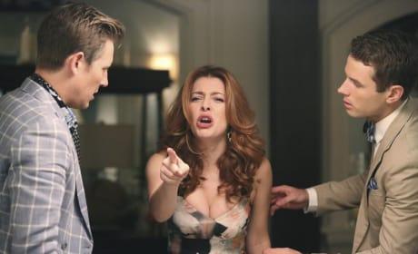 Pointing Fingers - Revenge Season 4 Episode 12