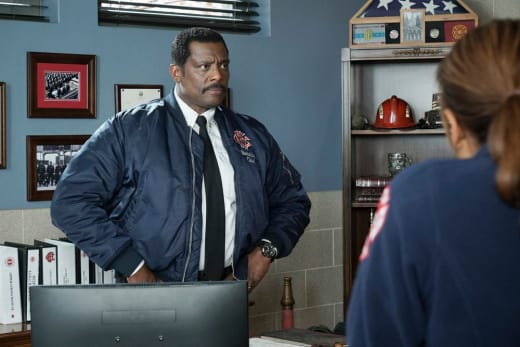 Putting Up a Fight - Chicago Fire