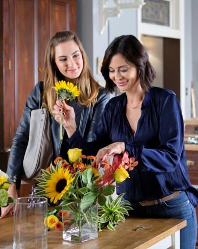 Arranging Flowers - Good Witch Season 6 Episode 3