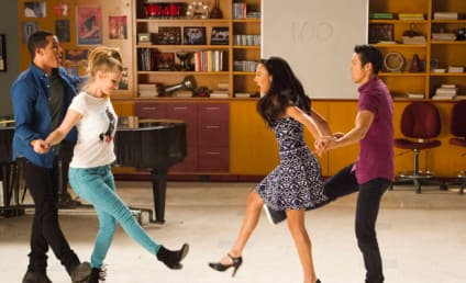 Glee Review: They're Baaaaaaaack!