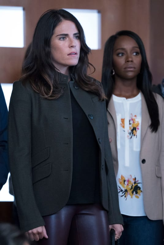 Not Impressed - How to Get Away with Murder Season 5 Episode 1