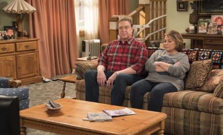 Dan And Roseanne - Roseanne Season 10 Episode 6