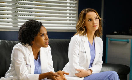 Stephanie and Jo - Grey's Anatomy Season 12 Episode 4