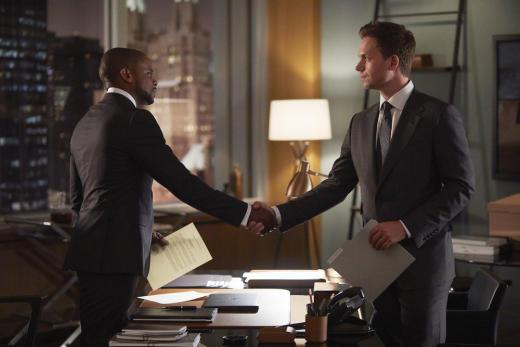 Making a Truce - Suits Season 7 Episode 3
