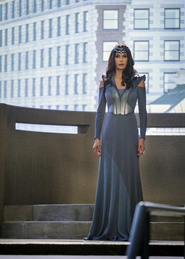 Supergirl Season 2 Episode 16 Review Star Crossed Tv