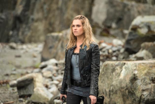 Clarke – The 100 Season 4 Episode 5