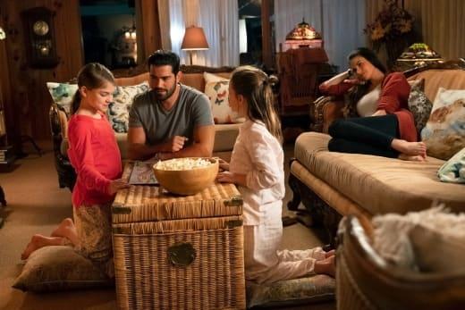 Family Time - Chesapeake Shores Season 3 Episode 3