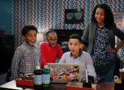 Watch black-ish Season 1 Episode 19 Online