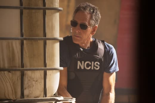 Under Suspicion - NCIS: New Orleans Season 3 Episode 18