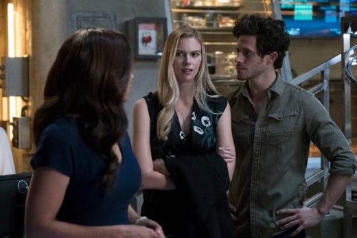 Kirsten is not happy - Stitchers Season 3 Episode 1