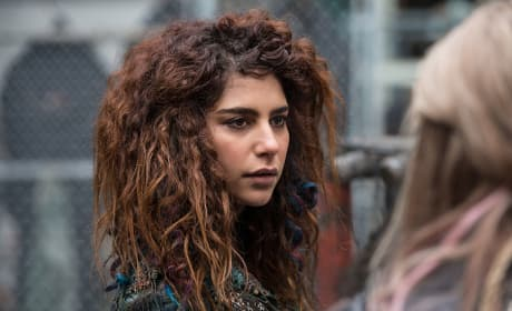 A Pacifist Commander? - The 100 Season 3 Episode 14