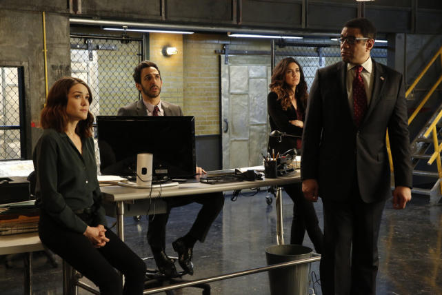 The team listens attentively - The Blacklist Season 4 Episode 20