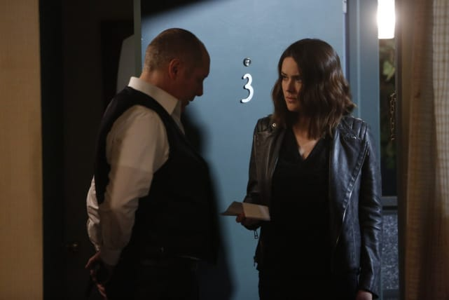 Liz finds Red - The Blacklist Season 4 Episode 22