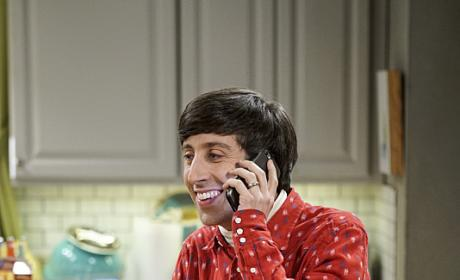 Howard Gets a Call - The Big Bang Theory Season 10 Episode 1