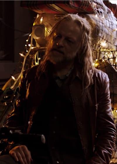 Dirty Dealer - Killjoys Season 5 Episode 2