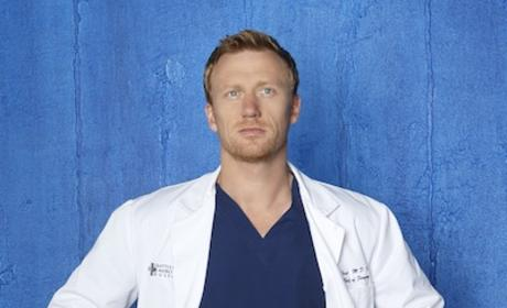 Kevin McKidd as Dr. Owen Hunt