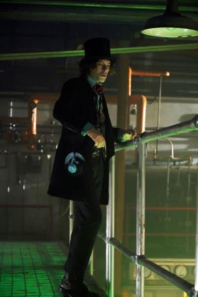 Gotham Season 5 Episode 7 Review: Ace Chemicals - TV Fanatic