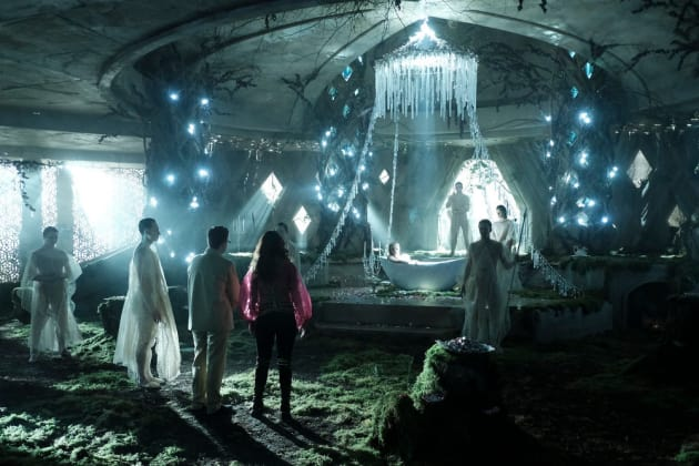 Broken Kingdom - The Magicians Season 2 Episode 13