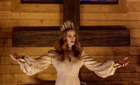 The Dark Queen - Midnight, Texas Season 2 Episode 8