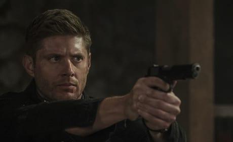 Dean's looking for Sam - Supernatural Season 12 Episode 2