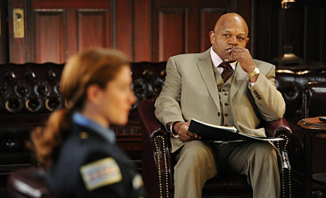 Charles Dutton as Pastor Yarrow