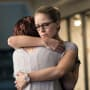 Sisterly Hug - Supergirl Season 3 Episode 4