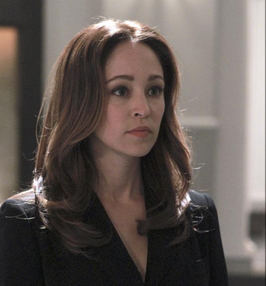 Autumn Reeser as Kylie Sinclair