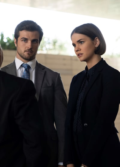 Callie Investigates - Tall - Good Trouble Season 1 Episode 13