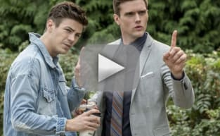 The Flash Promo: Don't Fight Crime Naked!