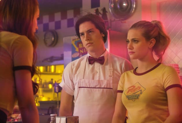 Searching For The One - Riverdale Season 2 Episode 2