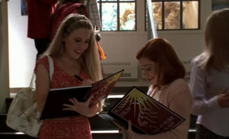 Signing Yearbooks - Buffy the Vampire Slayer