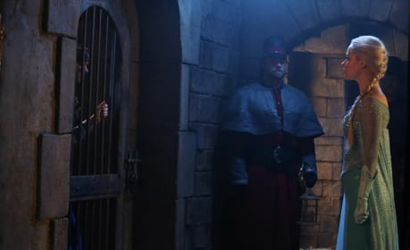 Elsa Finds Anna - Once Upon a Time Season 4 Episode 8