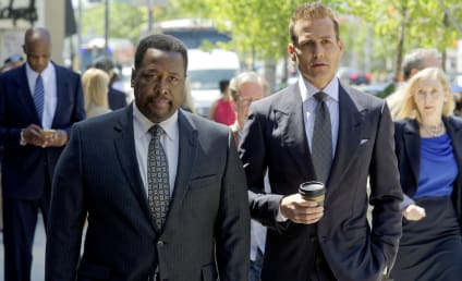 Watch Suits Online: Season 8 Episode 9