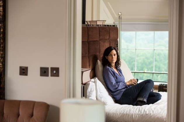 Dr. Morrow Contemplates Her Daughter - Humans Season 2 Episode 3