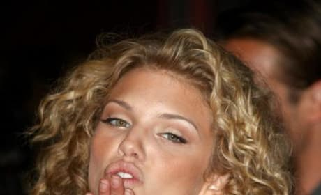 AnnaLynne Photo