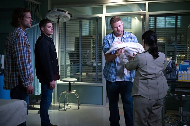 Hey Baby - Supernatural Season 11 Episode 1