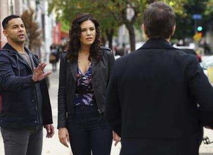 Watch Castle Season 8 Episode 16 Online